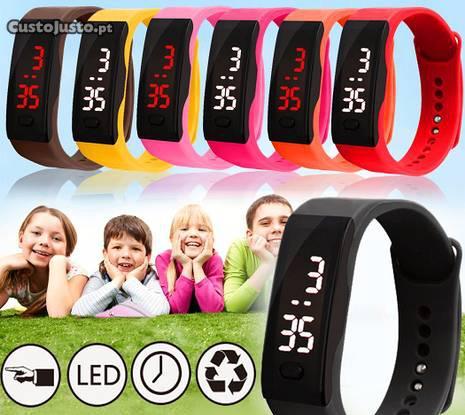 Relógio led digital varias cores - novo