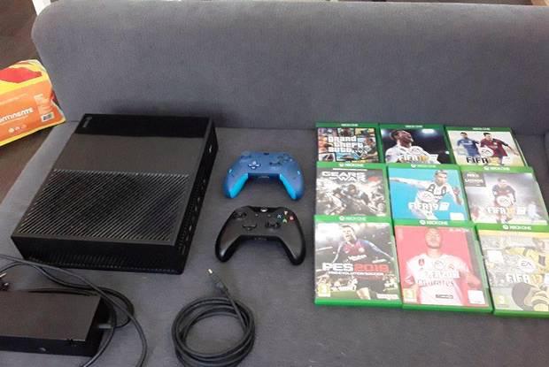 Xbox one com 9 jogos