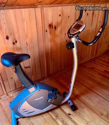 Bicicleta estática desporto newfit como nova