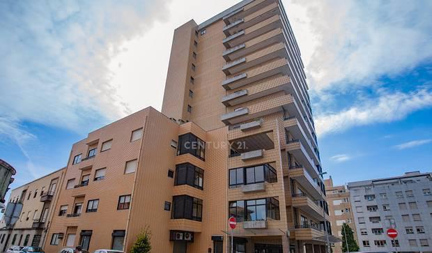 Apartamento t2 74,00 m2