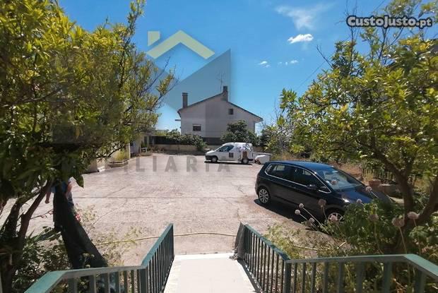 Apartamento t5 com excelentes áreas na cidade...