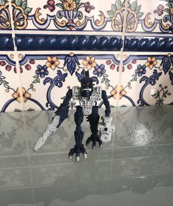 Boneco lego bionicle