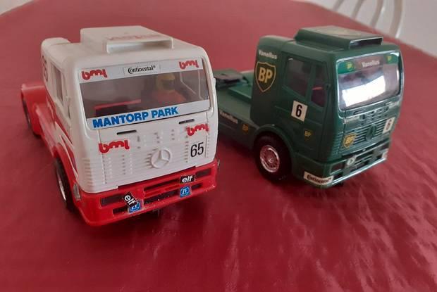 Slot (2) mercedes camiões de competição