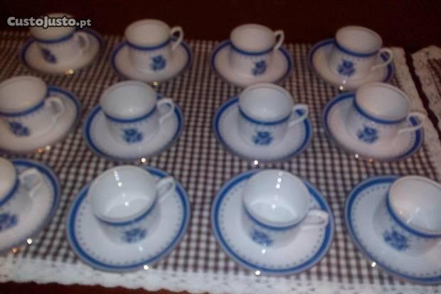 12 chávenas café cozinha velha - vista alegre
