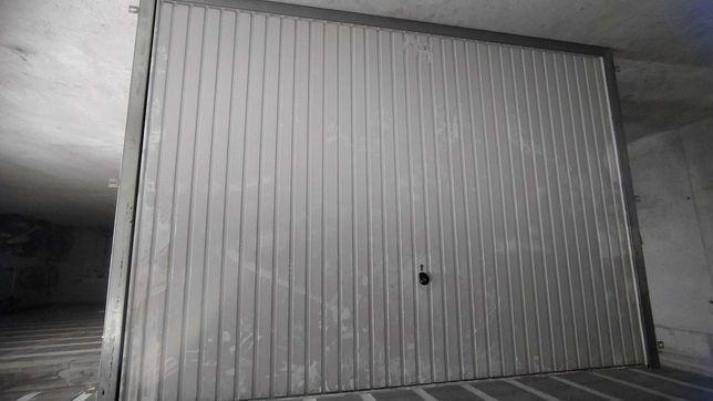 Portão garagem horman 3000x2195
