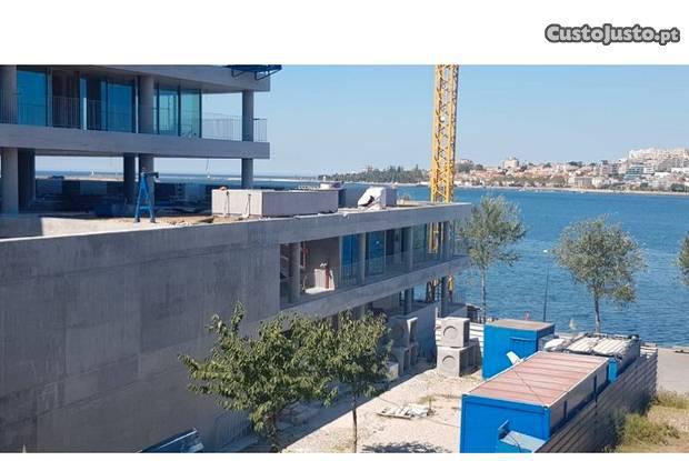 Apartamento t2 duplex novo com vista rio na...