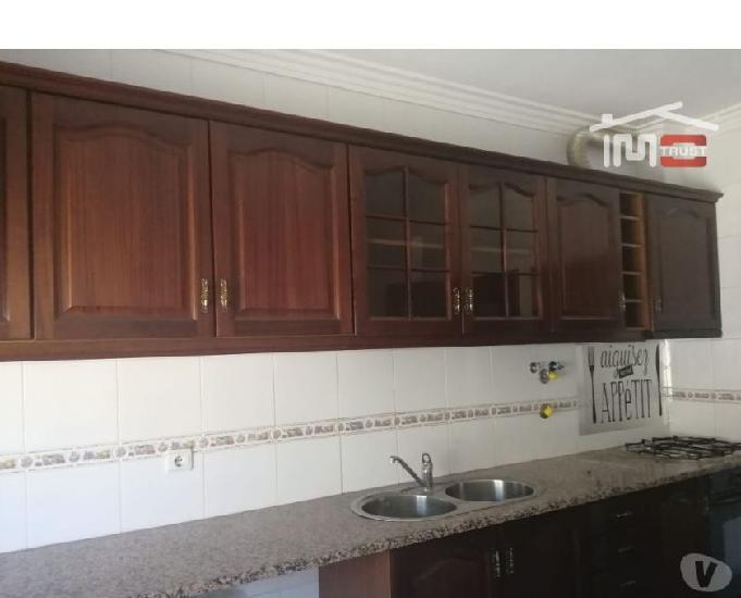 Montijo-apartamento t2 r c com arrecadação - montijo