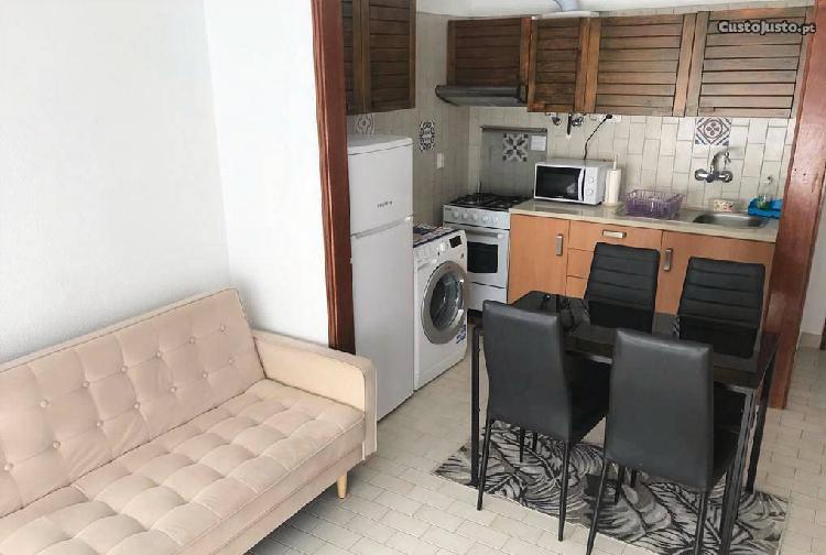 Apartamento t1 no centro da figueira da foz