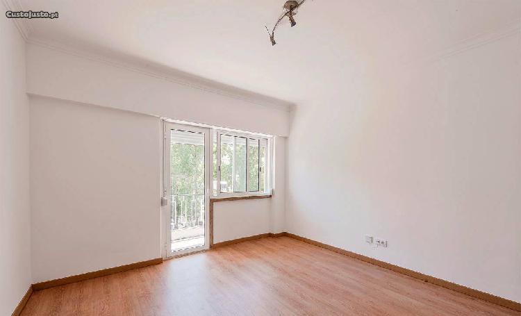 Benfica - apartamento t3 remodelado raiz a estrear