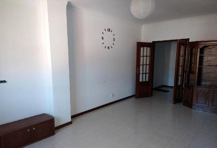 Apartamento t2 mobilado - braga