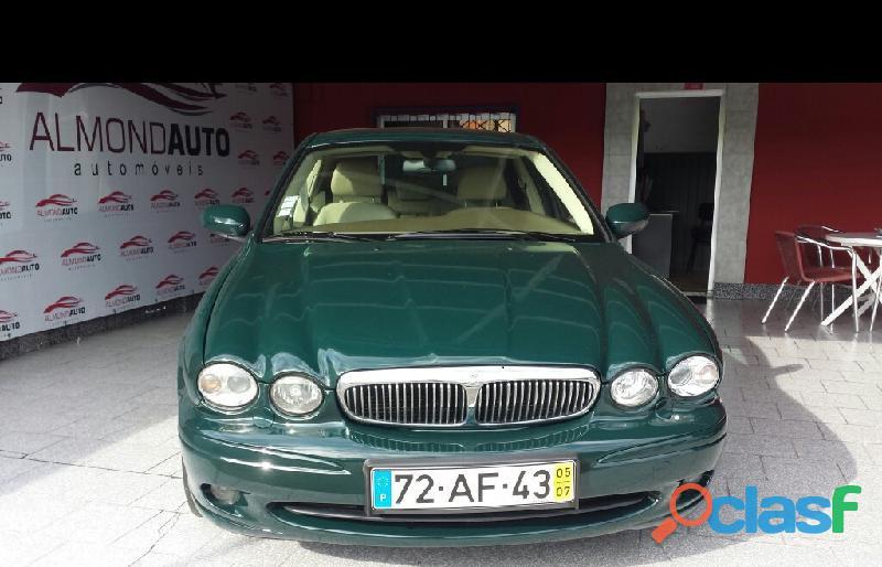 Jaguar X Type 2.0+d+executive+gps € 4000