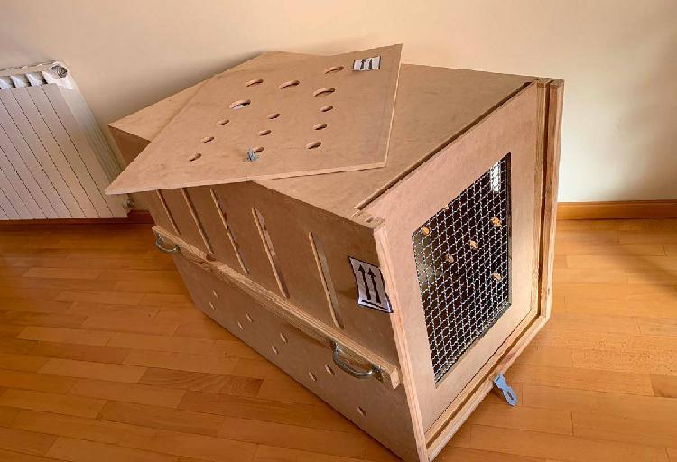 Caixa de madeira p/ cães - transportes aéreo