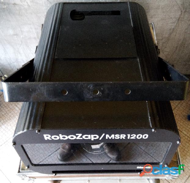 Projetor de efeitos de luz Martin Robozap MSR 1200