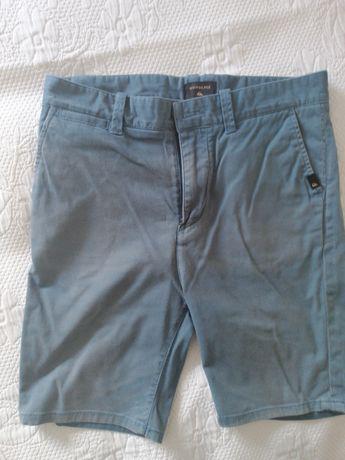 Vendo calções da quicksilver para 14 anos tamanho 28