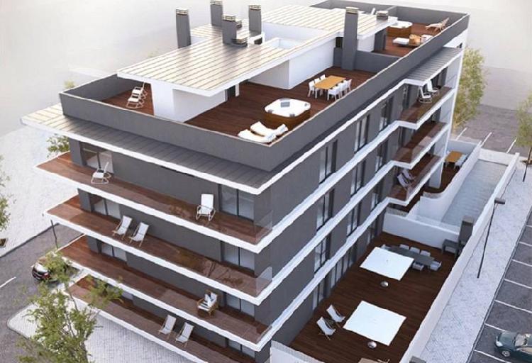 Apartamento novo t4 de linhas modernas em tavira