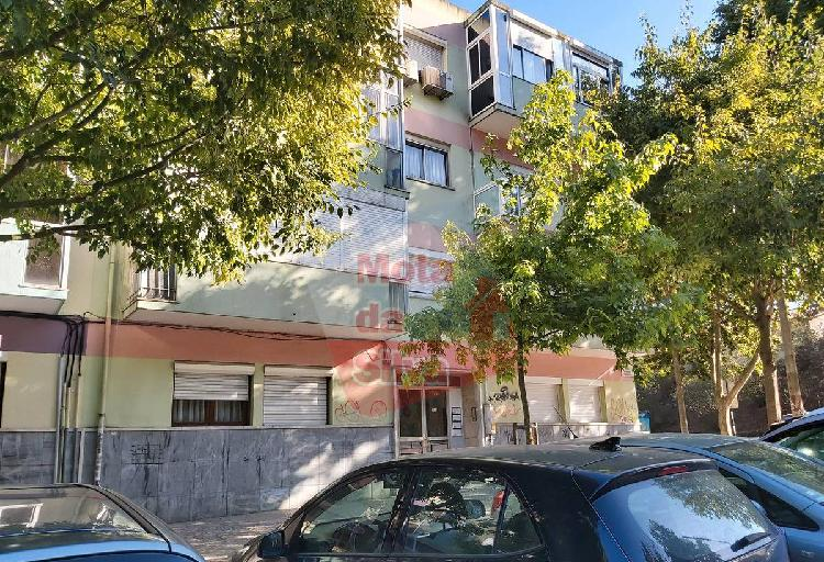 Excelente apartamento 5 assoalhadas em a...
