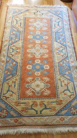 Tapete de sala usado, tipo persa, 203 cm x 112 cm