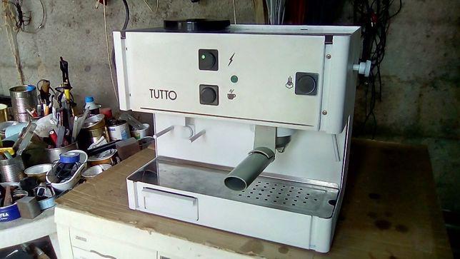 Maquina de cafe com moinho