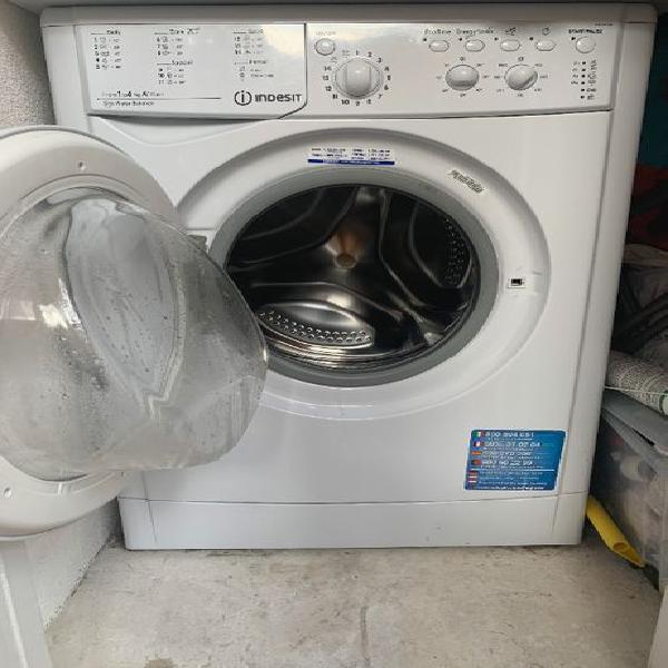 Máquina de lavar roupaindesit a+