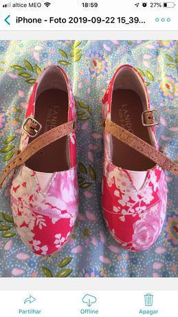 Menina de 6 anos, marca lanidor. macacão/sapatos tamanho 27