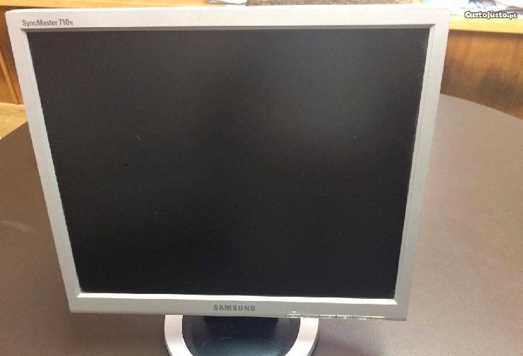 Monitor samsung syncmaster 710n (17)