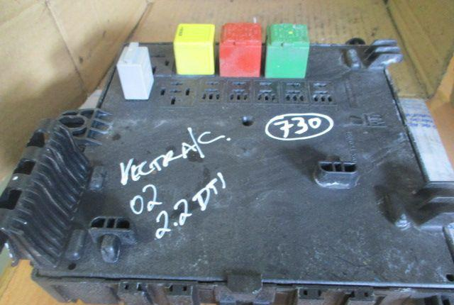 Caixa fusiveis 13125489 OPEL VECTRA c 2002 2.2 dti original