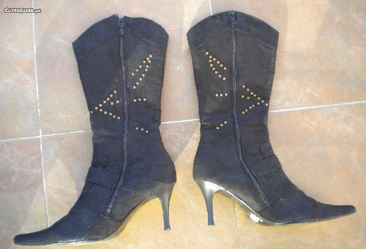 Botas - novas - pretas