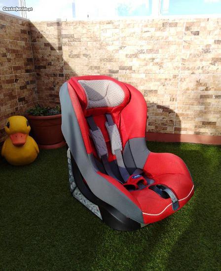 """Cadeira auto com isofix (9-18kg) """"chicco fuego"""""""