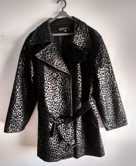 Casaco leopardo preto