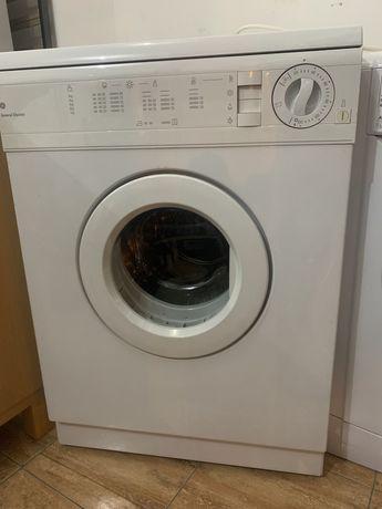 Maquina de secar roupa 5kg, ler anuncio