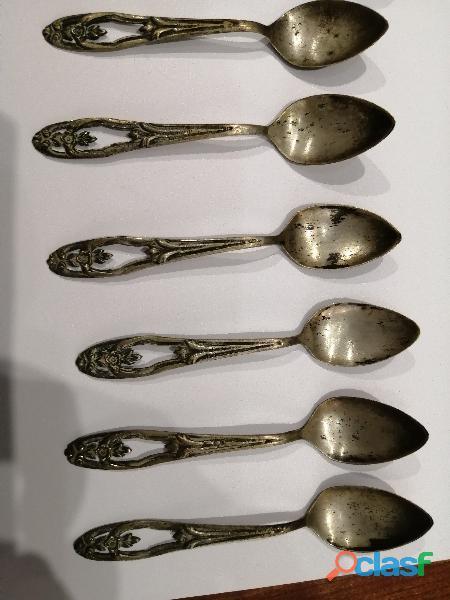Colheres em prata