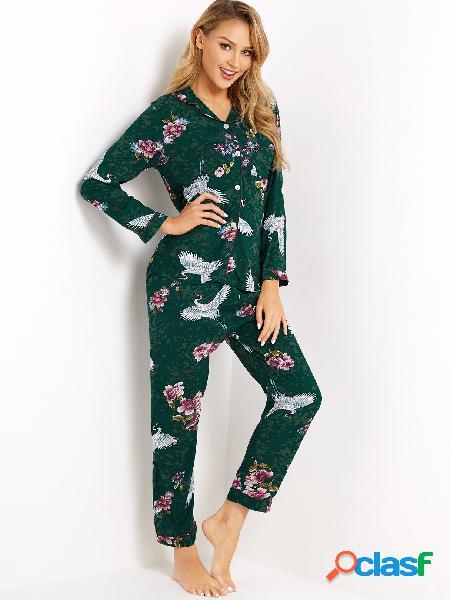 Pijama impresso em botão verde