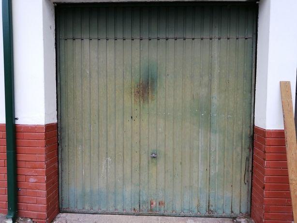 Portão de garagemURGENTE