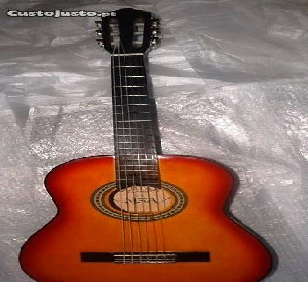 Guitarra clássica 4/4 laranja dunkel e set