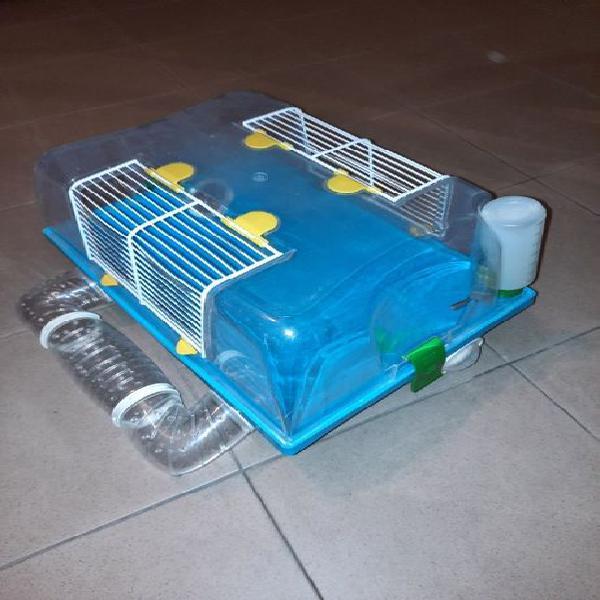 Caixa para hamster com bebedouro + bola de hamster.