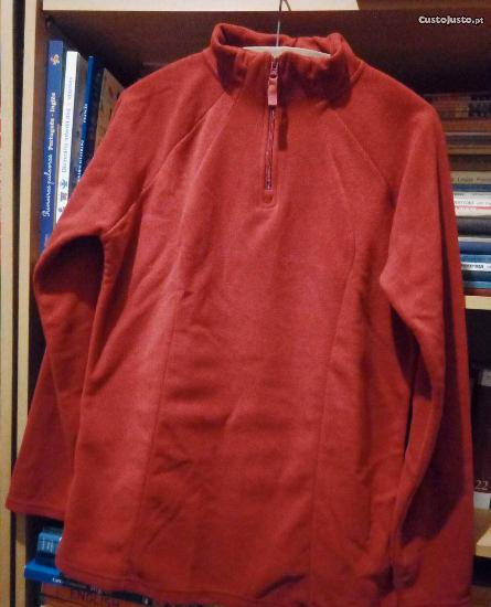 Camisola polar avermelhada nova!