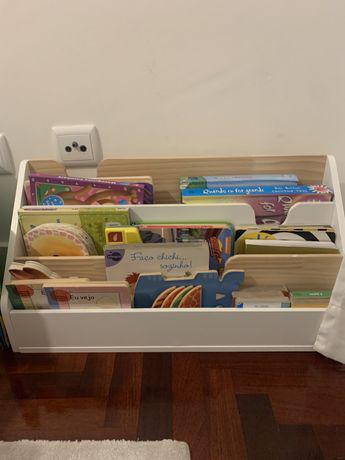 Prateleira / estante para livros