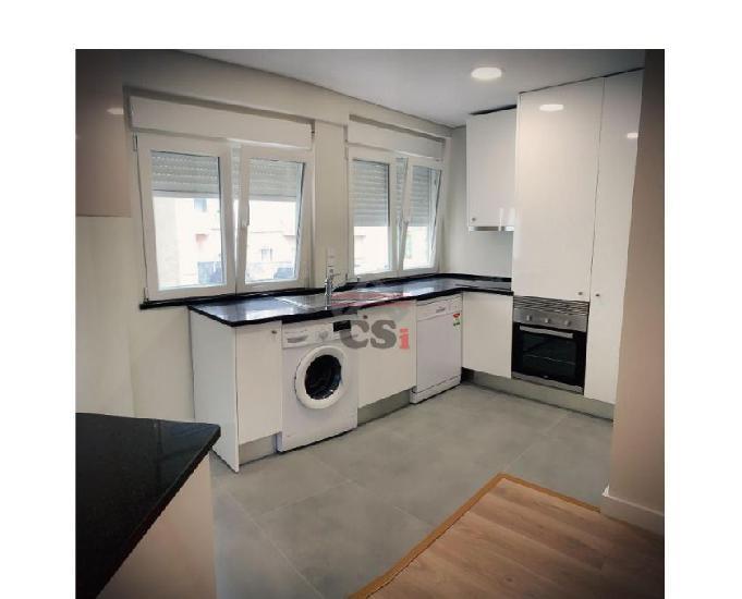 Apartamento t2 totalmente remodelado (csi a 00822)