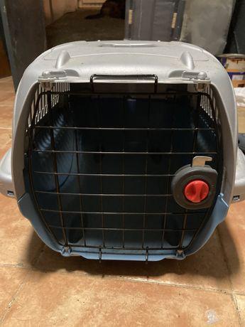 Caixa transportadora para animais de estimacao
