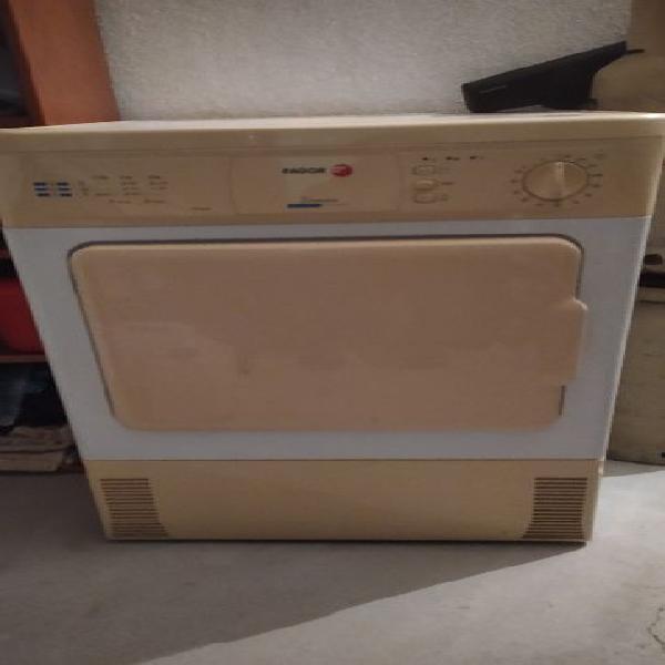 Maquina de secar fagor (com reservatorio)