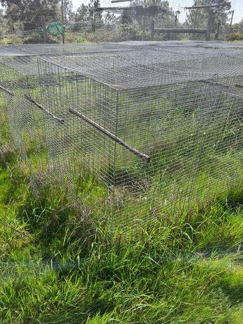 Gaiolas, jaulas, viveiros galinhas, aves, animais