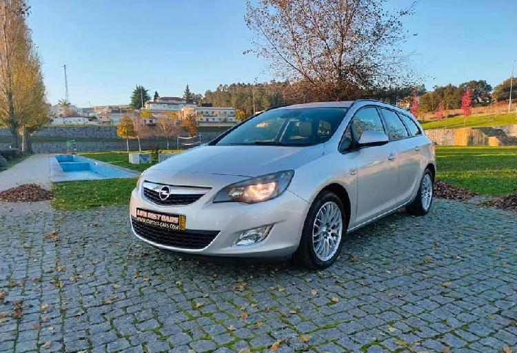Opel astra sports tourer 1.7 - 12