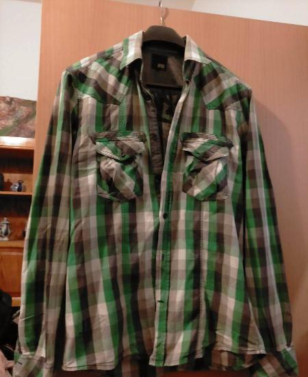 Camisa de homem tamanho s