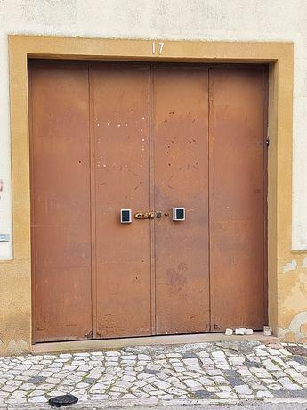 Portão de armazém/garagem