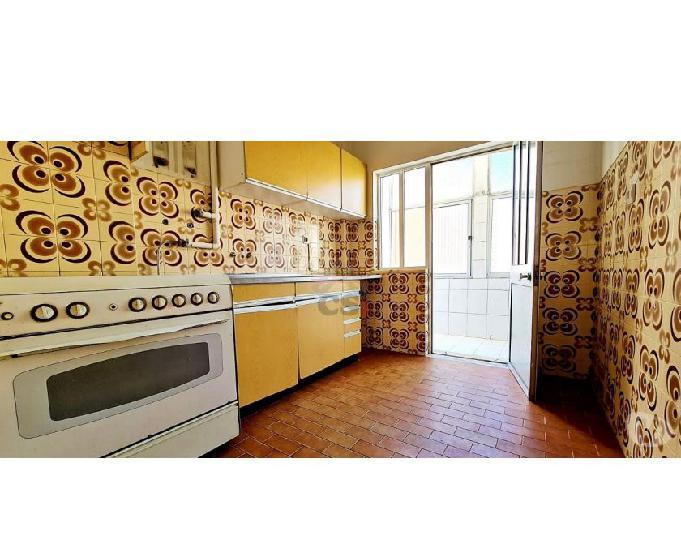 Moita-apartamento t2 para investimento (csi a 00839)