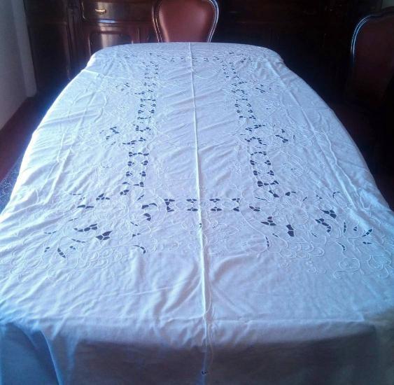 Toalha mesa linho bordada 2,50x1,60