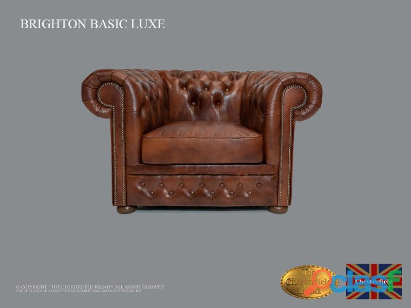 Poltrona Chesterfield Brighton Basic Luxe, Couro, Marrom Antigo