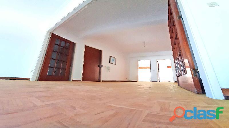 Apartamento Fantástico T2 + Terraço + Varanda) Junto Estação CP Cacém