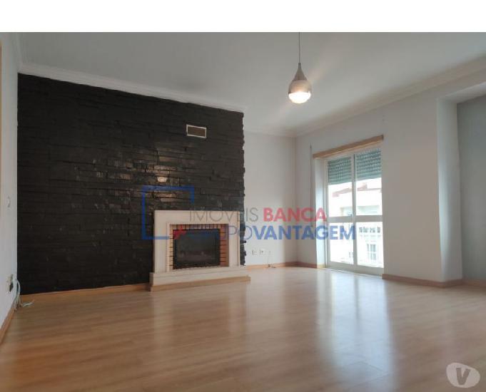 Apartamento t3 na urbanização do moinho, montijo (a-21360)