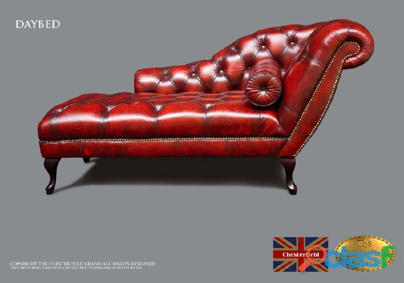 Divã chesterfield brand , couro ,vermelho antigo